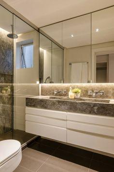 baño moderno al estilo minimalista con lavabo de mármol