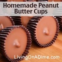 Homemade peanut butter cups that taste like the real thing. If you are having a hard time finding a gift for that teenage boy or a certain man in your life, make one of these homemade peanut butter cups in a pie pan and give him a giant one as his gift. Chocolate Bonbon, Healthy Chocolate, Chocolate Chips, Homemade Peanut Butter Cups, Homemade Candies, Toffee Recipe, Fruit Cups, Candy Recipes, Free Recipes
