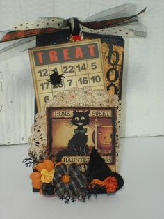 replace bingo card with picture halloween templets Halloween Treat Bags, Halloween Tags, Holidays Halloween, Vintage Halloween, Card Tags, Gift Tags, Halloween Paper Crafts, Halloween Decorations, Scrappy Quilts