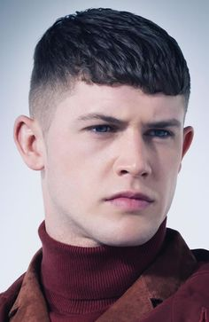 Men's Tapered Fade With Blunt Fringe