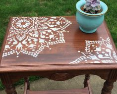 A side table upcycle project using the Passion Mandala Stencil from Cutting Edge Stencils. This Mandala pattern comes in various sizes for all furniture makeovers. http://www.cuttingedgestencils.com/mandala-stencils.html