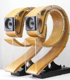 Beautifully Crafted Backloaded 8 Horn Speakers Fostex Drivers by Wooden Speakers, Horn Speakers, Small Speakers, Diy Speakers, Subwoofer Box Design, Speaker Box Design, Audio Box, Car Audio, Audiophile Speakers