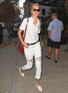 Karolina Kurkova embraces white after Labor Day in two ensembles - Celebrity Fashion Trends