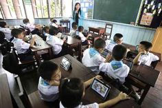 The Future of Education: Tablets vs. Schoolbooks