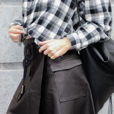 D a m o y . E  - s h o p - The leather wrap skirt
