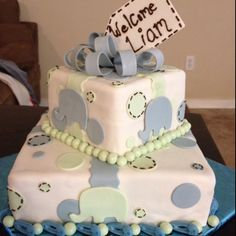 Baby shower cake made by kimmi's cakes!