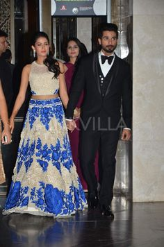 Snapped: Shahid-Mira enter hand-in-hand at wedding reception | PINKVILLA