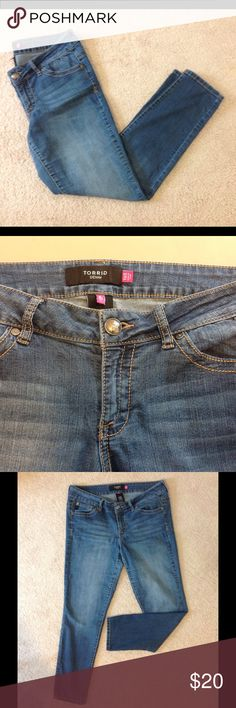 "Torrid Denim skinny jean Torrid jeans size 16S Has fading on front & some on back. Has higher rise for coverage. Inseam 30"" torrid Jeans"