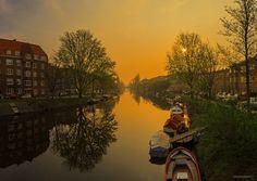 Sunrise at Amstelkade III, Amsterdam by Timur Haracic on 500px