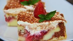 Pokud hledáte dezert k vaší odpolední kávě, právě jste ho našli. Tato pudinková buchta je krásně vláčná a rozhodně není složitá! :) Czech Recipes, Ethnic Recipes, Jacque Pepin, Summer Treats, Sweet Cakes, Other Recipes, Tiramisu, Sweet Tooth, Deserts