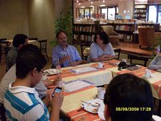Lectores Chapines 6ta Reunion 2009 con Victor Muñoz by alexxx007, via Flickr