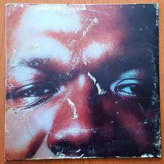 #elvinjones #merrygoround  #pepperadams -baritone sax  #geneperla -bass  #frankfoster -clarinet alto #donalias -percussión  #joefarrell -flute  #yoshiakimasuo -guitar  #chickcorea -piano #janhammer -piano #davidliebman -ss #stevegrossman -ts #elvinjones -drums  Recorded in 1971 #bluenoterecords  #postbop #rudyvangelder  #drummer #vinyl#vinyljunkie#jazzvinyl#lp#33rpm#vinylcolección#vinyladdict#jazzrecords#nowplaying#nowspinning by egobarrio