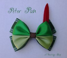 peter pan hair bow by abowtiqueshop on Etsy Disney Bows, Disney Diy, Disney Outfits, Broches Disney, Micky Ears, Flowers In Hair, Flower Hair, Ribbon Crafts, Peter Pan