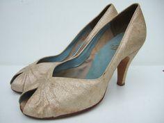 vintage gold peep toe wedding | Vintage 50's Lotus peep toe stiletto pumps court shoes in silver gold ...