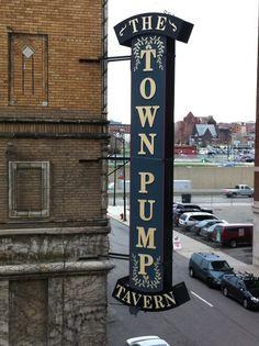 The Town Pump Tavern, Detroit Mich.