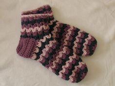 VERY EASY chunky crochet slipper socks tutorial - part 2