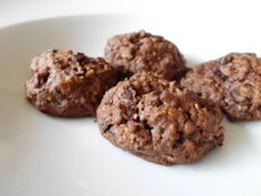 Chocolate Oatmeal Biscuits - No Bake Desserts Chocolate Italian Cookie Recipes, Gluten Free Cookie Recipes, Baking Recipes, Cake Recipes, Chocolate Oatmeal Cookies, Chocolate Granola, Chocolate Cookie Recipes, Oatmeal Cake, Almond Meal Cookies