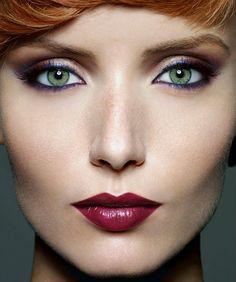 Machiajul de club #smokeyeye #cateye #partymakeup #howto Party Makeup, Lip Makeup, Smokey Eye, Club, Beautiful Eyes, Red Lips, Make Up, Face, Beauty