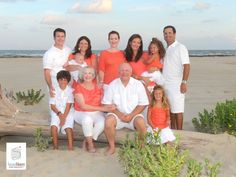 Best+Clothing+For+Beach+Portraits   Family Beach Portrait Information » Susan Henry Photography   League ...