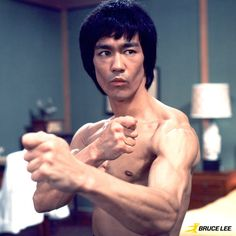 """Te key to immortality is first living a life worth remembering"" -Bruce Lee Bruce Lee Martial Arts, Bruce Lee Photos, Brandon Lee, Enter The Dragon, Martial Artists, Jackie Chan, Tough Guy, Film Director, Tai Chi"