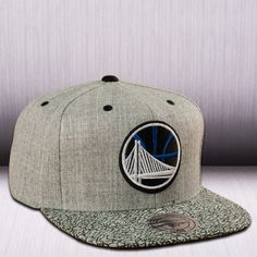 Mitchell & Ness NBA Golden State Warriors Elephant Crack Snapback Cap
