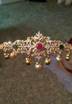 2 in 1 Diamond Choker cum Armlet - Indian Jewellery Designs Gold Jewelry Simple, Trendy Jewelry, Indian Wedding Jewelry, Bridal Jewelry, Baby Jewelry, Gold Gold, Bijoux En Or Simple, Gold Jewellery Design, Diamond Jewellery