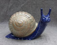 Because ceramic snails are cuter than real snails. Ceramic Pottery, Ceramic Art, Pet Snails, Snail Art, Snails In Garden, Pottery Animals, Fairy Crafts, Sculpture Projects, Clay Animals