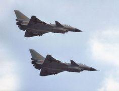 Tensões continuam: caças chineses intimidam aeronave dos EUA no Mar do Sul da China