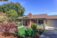 Amazing views in Glorietta: 114 Hillcrest Dr., Orinda, CA 94563 | Orinda, CA Real Estate | Orinda, CA Home for Sale