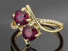 Natural Malawi Rhodolite Garnet with Diamonds Double Solitaire Solid 14k Yellow Gold Ring #garnet #diamond #ring #jewelry #malawigarnet #birthstone