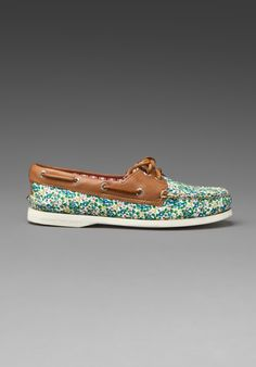LIBERTY SPERRIES!  (Liberty London ditsy floral = LOVE!)