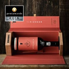 Pentawards 2016 136c Volta Sandeman 2000 (Alcohol Bottle Display)