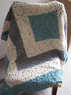 So pretty. Free Pattern!.