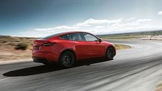 Tesla finally unveiled the Model Y electric crossover. Like every Tesla, the Model Y is designed to the safest vehicle in its class. Tesla Ceo, New Tesla, Crossover Suv, Tesla Roadster, Tesla Motors, Elon Musk, Lidl, Santa Catarina, Soccer