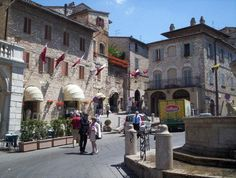Assisi Umbria, Italy - the main Piazza