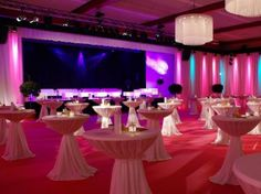 In order to pay the desired attention to your event and your messages, we let the appropriate equipment from our broad choice of media techn...