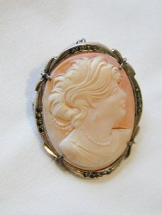 1930's Sterling Silver Cameo Pendant