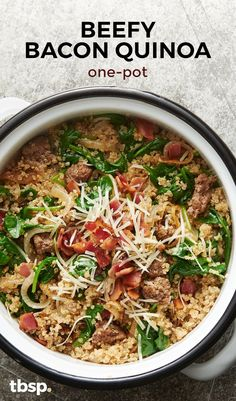 This beautiful beefy one-pot has it all – bacon, quinoa, spinach and cheese – for flavor galore!