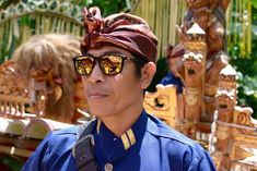 Published on Bali Street Photographer. Genuine Smile, People Poses, Street Portrait, Photographs Of People, Wide Angle Lens, Street Photographers, Just Friends, Ubud, Make Art