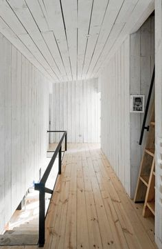 Puccio House by WMR Arquitectos