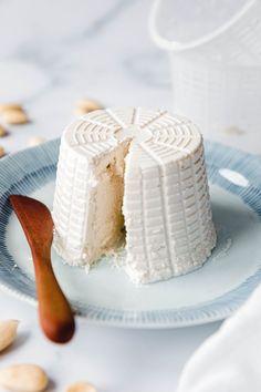 Veganer Ricotta aus Mandeln · Eat this! Foodblog • Vegane Rezepte • Stories