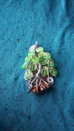 Agate Slice Tree with glass leaf beads / Wire by GratefulHeartMS