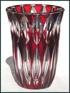 j007StLvase-red2.jpg 378×500 pixels