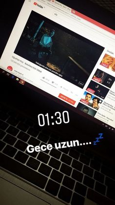 Fake Instagram, Instagram And Snapchat, Instagram Story Ideas, Fake Wallpaper, Snapchat Streak, German Boys, Fake Girls, Fake Photo, Autumn Photography