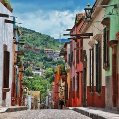 San Miguel de Allende ❤  #nature #loves_americas #mexicodestinos #loves_mexico #mexigers #beautiful #igworldclub #landscape #sunset #pasionxmexico #picoftheday #wu_mexico #mexico_maravilloso #instadaily #photooftheday #ig_mexico #mexicodesconocido #vive_mexico #mexico_tour #icu_mexico #instamexicanos #ig_guanajuato #sanmigueldeallende #mexicourbano #city #instagood #rttraveller #vscocam #guanajuato