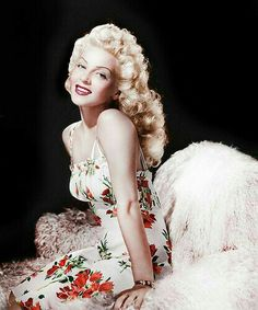 """I love vintage Hollywood & pin ups...That whole era. The lovely Lana Turner was to have said when questioned the about the pronunciation of her name """"Lana. As in La-di-da, not lady"""". Her daughter, Cheryl Crane stabbed & killed one of Lana's lovers; a hood named Johnny Stompanato."""