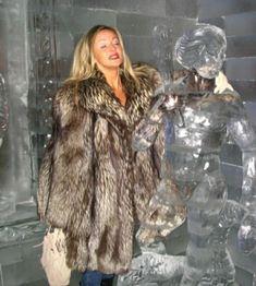 Fur Fashion, Winter Fashion, Fur Coats, Fox Fur, Street, Silver, Jackets, Furs, Fur