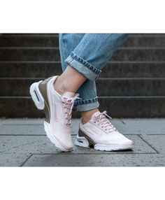 2983f9c420 Nike Air Max Jewell Trainers Pink Metallic Gold Air Max Jewell Femme, Nike  Air Max