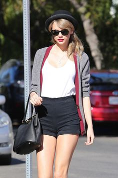 Taylor Swift looking classy with her high waisted shorts