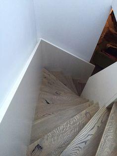 Modern staircase handrail renovation